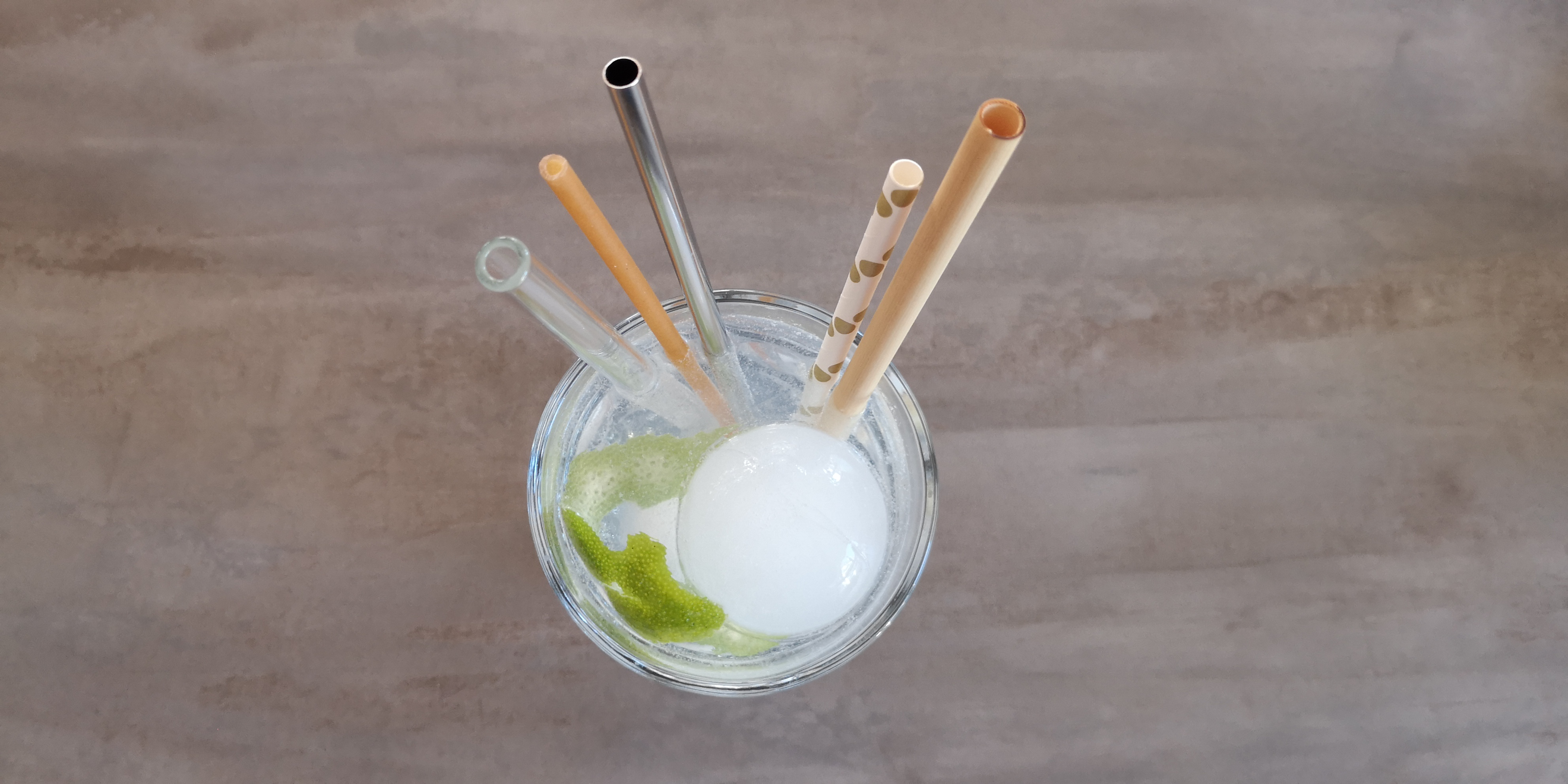 Die alternativen Trinkhalme im Test: Glas, Nudel, Edelstahl, Papier und Bambus