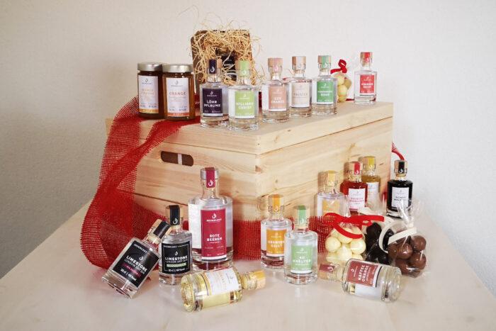 Adventskalender für Genießer - gefüllt mit Destillaten, Likören und Trüffel